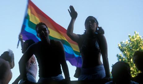 Sobre la perversión gay del imaginario social peruano