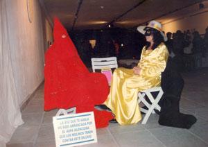 María Lilian Escobar con El Oráculo (Roberto Cignoni)