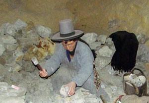interior mina boliviana estaño