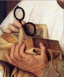 Libro entre las manos