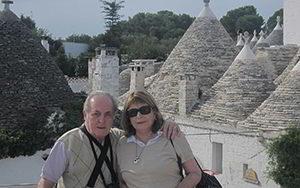 Estela Barrenechea con su esposo