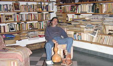 Rubén Sacchi en biblioteca