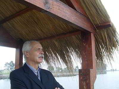 Santiago Sylvester en el puerto