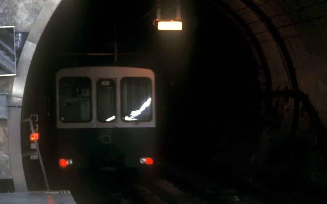 El hombre que subió a un vagón del Metro